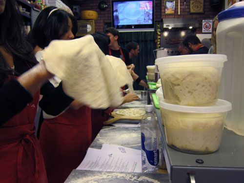20101122-pac-dough-container.jpg