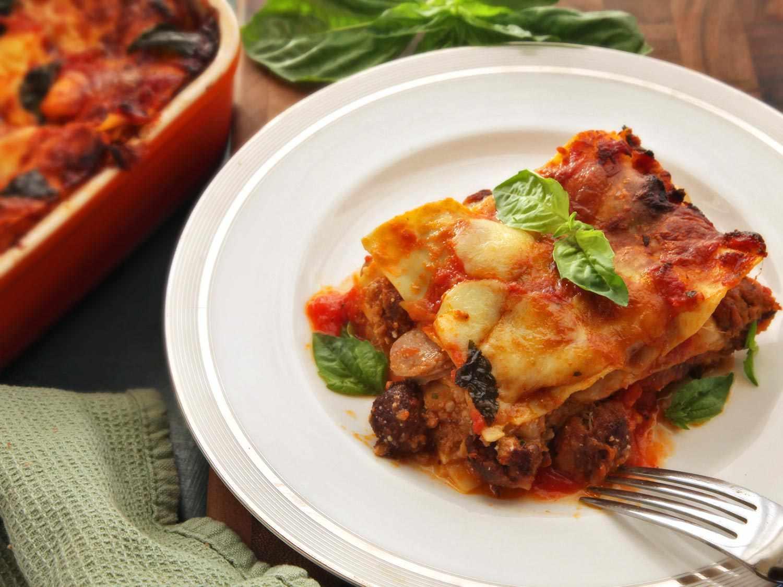 20150113-lasagna-napoletana-meatball-ragu-italian-food-lab-29.jpg