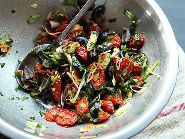 20140223-vegan-pasta-dried-tomato-olive-bread-crumb-recipe-08.jpg