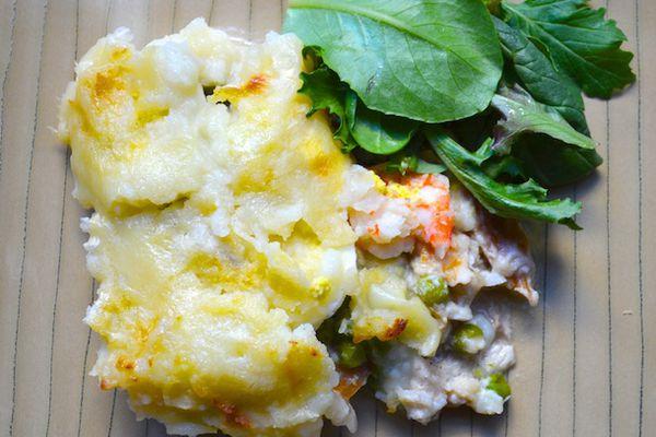230336-20121121-british-bites-fish-pie.JPG