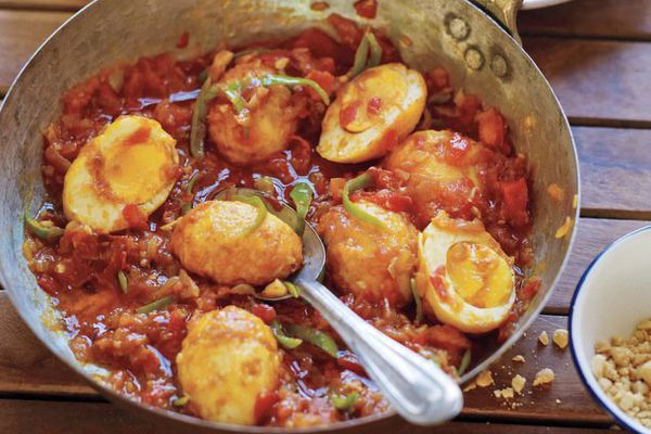 Golden Egg Curry
