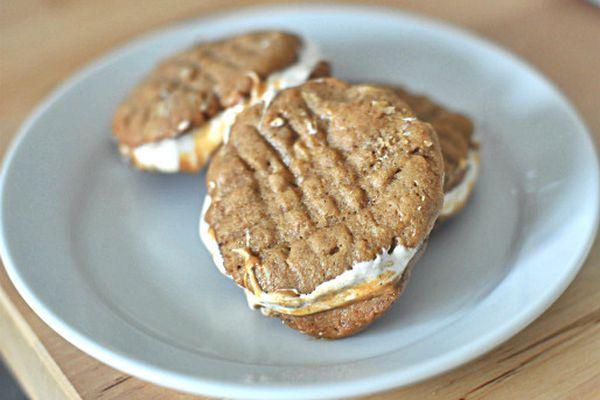 20130603-254567-fluffernutter-cookies.jpg