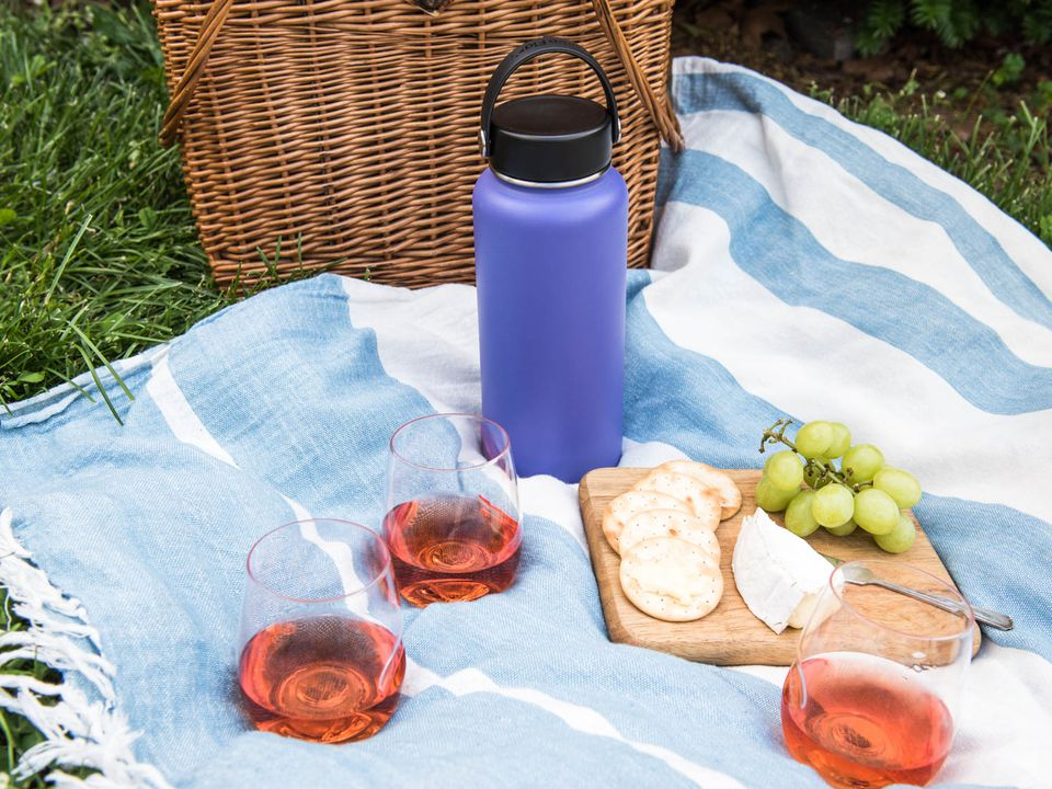 20160608-summer-picnic-wines-liz-clayman-4-2.jpg
