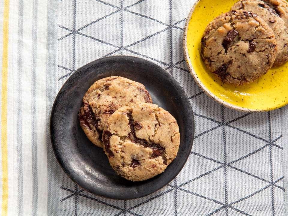 20180529-vegan-chocolate-chip-cookies-vicky-wasik-24