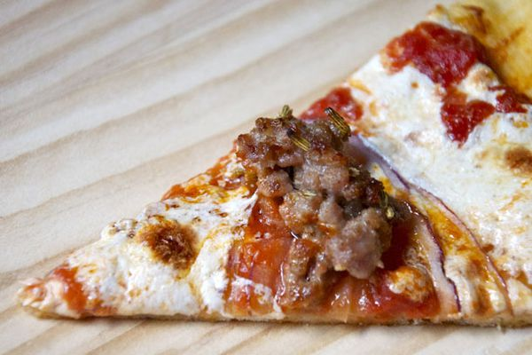 20101230-top-this-pizza-sausage-hp.jpg