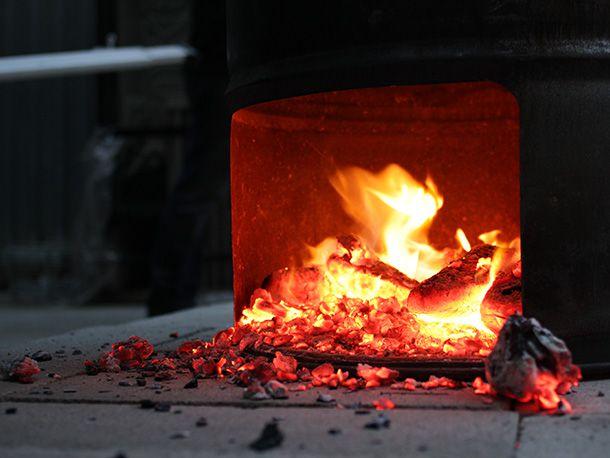 20130623-256928-tyson-ho-hog-days-of-summer-wood-coals-james-boo.jpg