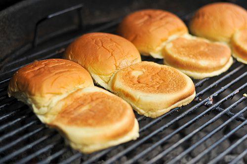 20110825-167825-grilling-hamburgers-buns.jpg