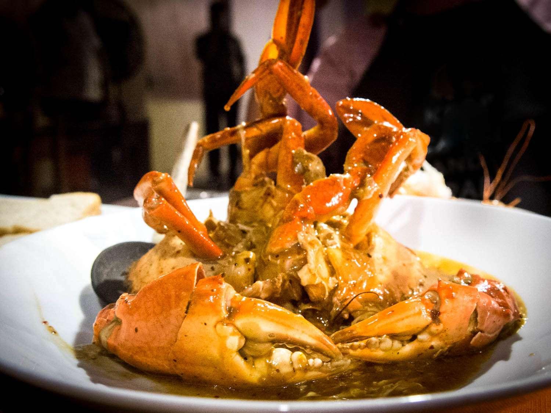20140802-sri-lankan-food-curry-crab-naomi-tomky.jpg