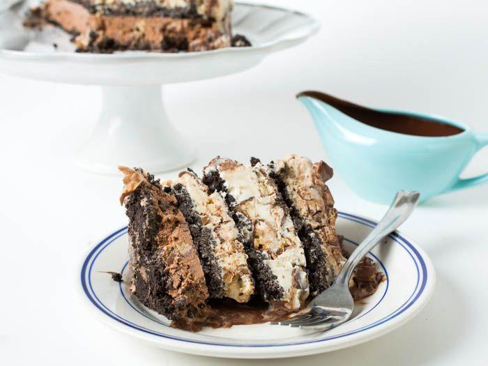 20141029-ice-cream-candy-bar-cake-vicky-wasik-10.jpg