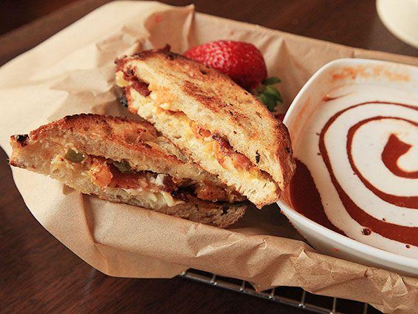 20130905-america-grilled-cheese-san-francisco-sandwich-1.jpg