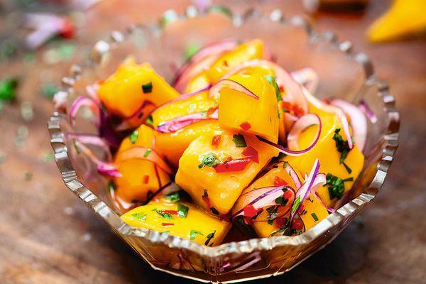 20140626-cook-the-book-ceviche-ceviche-de-mango-paul-winch-furness.jpg