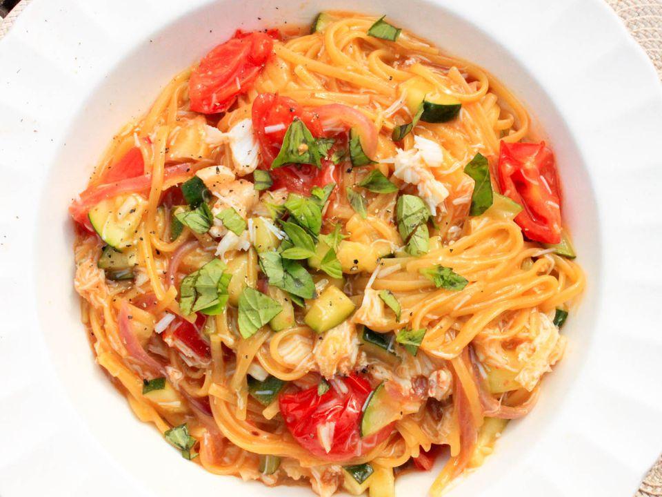 20140804-crab-pasta-yasmin-fahr-2.jpg
