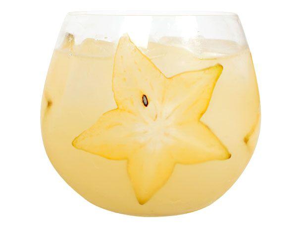 20110613-starfruitsangria-primary.jpg
