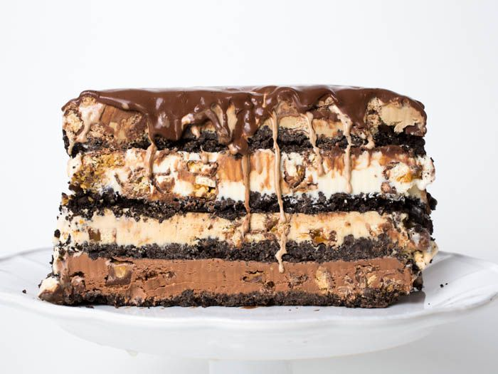 20141029-ice-cream-candy-bar-cake-vicky-wasik-9.jpg