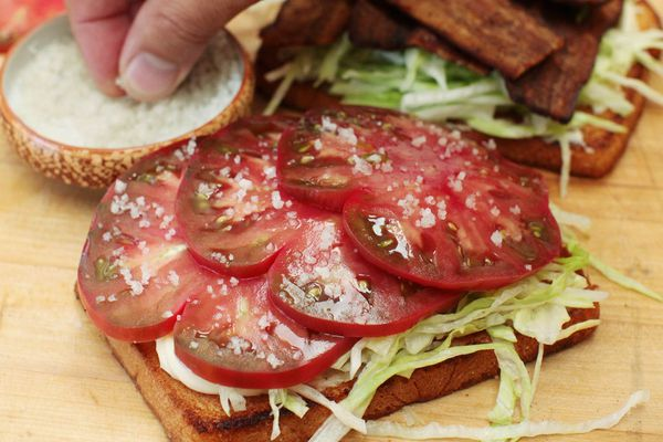 20160812-BLT-bacon-lettuce-tomato-12.jpg