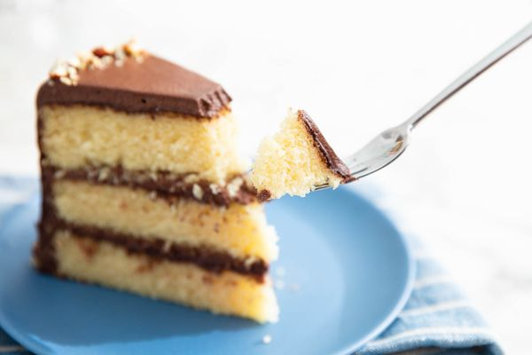 20190708-almond-cake-vicky-wasik-14