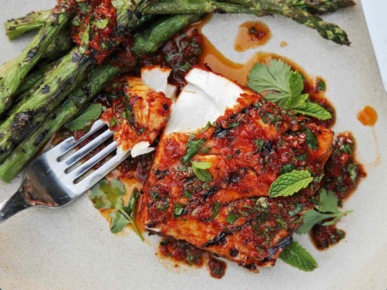 20160518-red-curry-marinated-halibut-vinaigrette-easy-summer-recipe-09.jpg