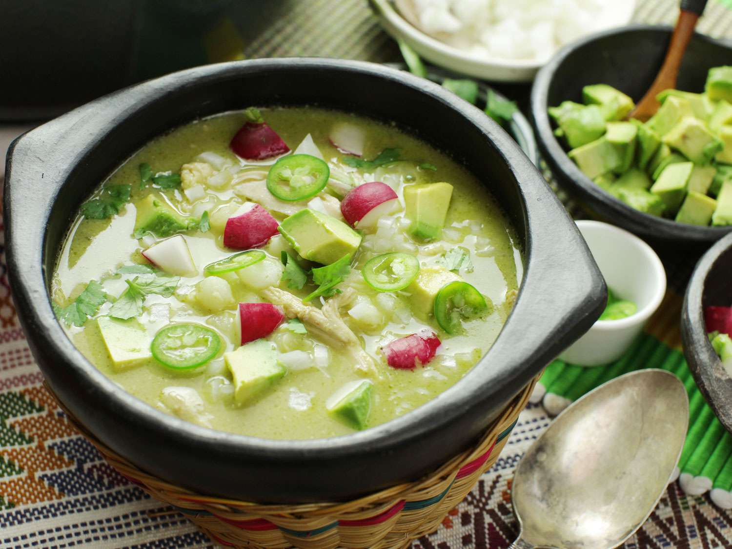 20170123-pozole-verde-chicken-mexican-soup-hominy-green-11.jpg