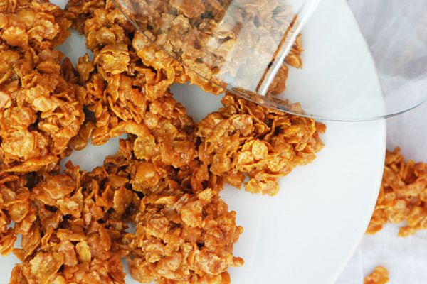 Dulces Bocaditos (Corn Flake clusters)