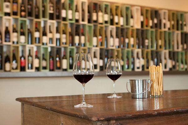Acme Fine Wines shop St. Helena CA