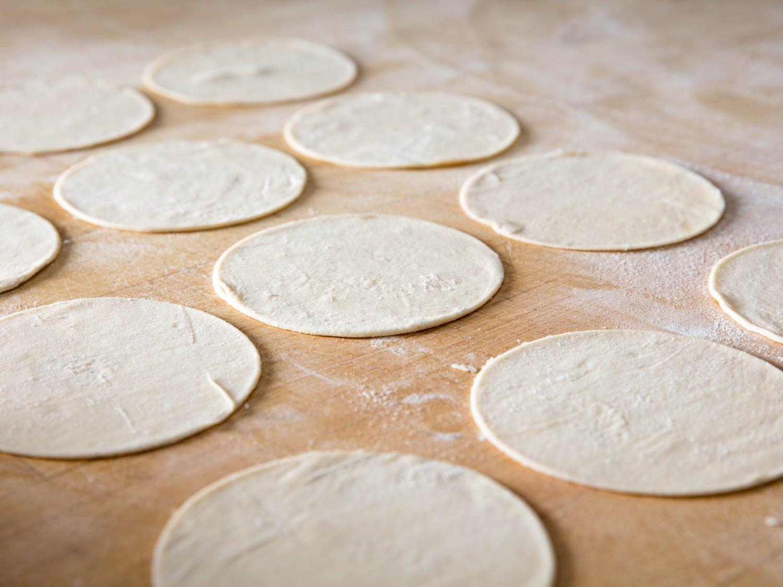 Cannoli dough rounds