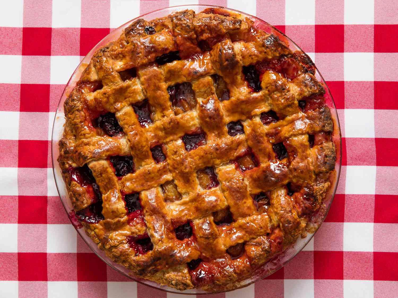 20160608-cherry-pie-vicky-wasik-13.jpg