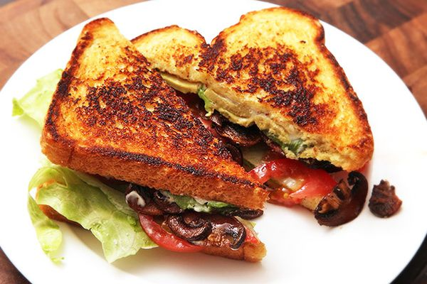 20140226-vegan-blt-mushroom-tomato-lettuce-avocado-recipe-8.jpg