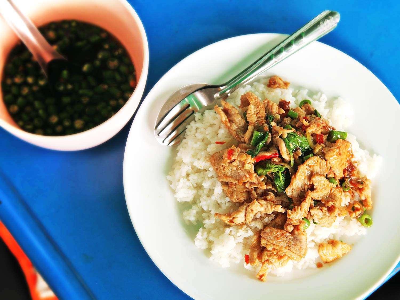 20140729-bangkok-street-market-food-01.jpg