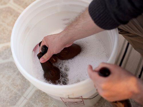 20110204-136155-Homebrew-Bottle-Sanitize.jpg