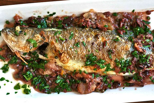 20110215-dt-pan-roasted-whole-fish-with-olives.jpg