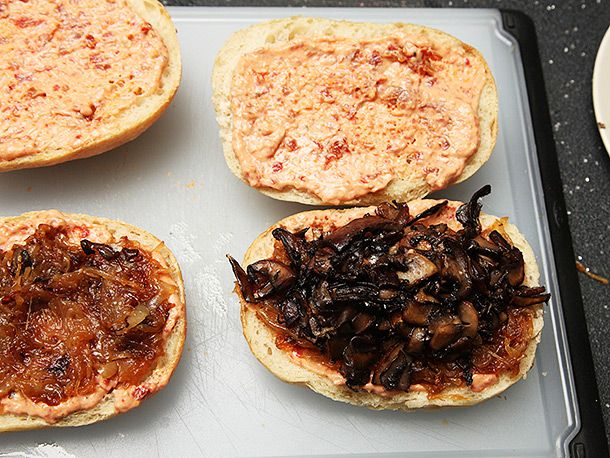 201402130-mushroom-onion-sandwich-vegan-recipe-4.jpg