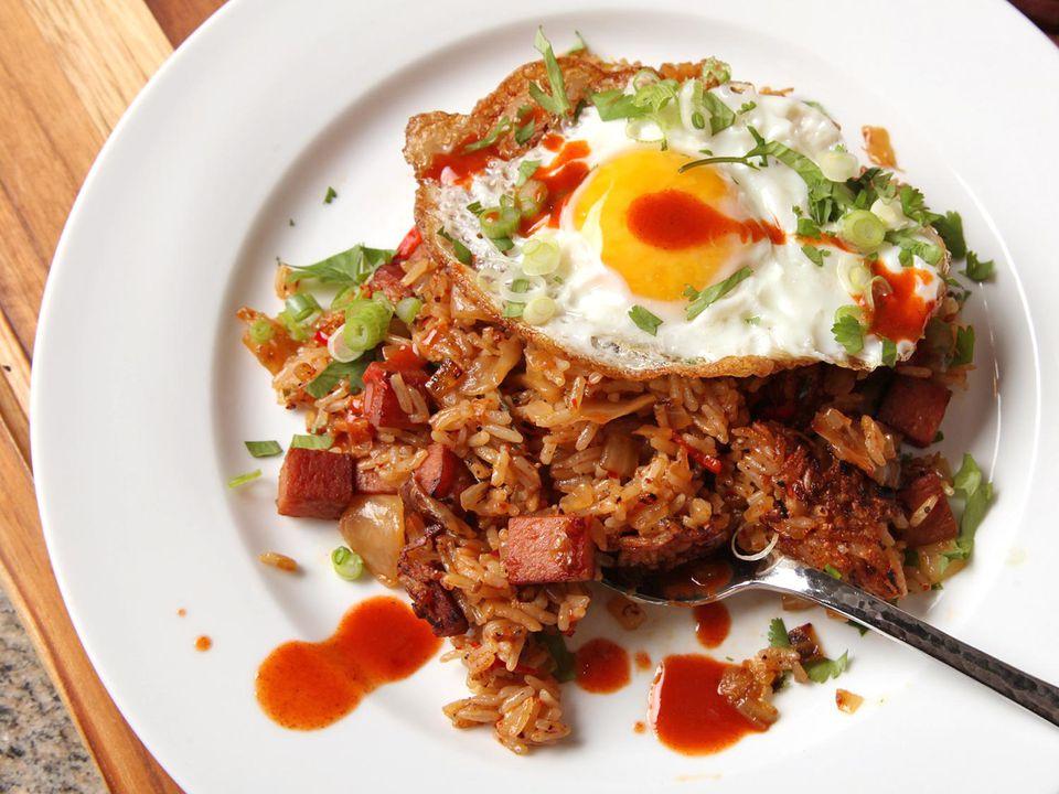 20160403-spam-kimchi-fried-rice-21.jpg