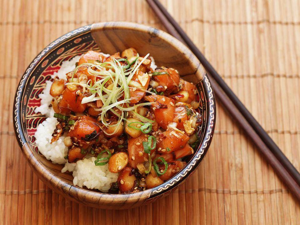 20160608-poke-tuna-hamachi-octopus-salmon-hawaii-recipe-14.jpg