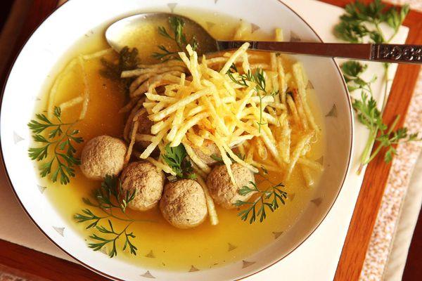 20150108-sopa-de-albondigas-colombian-meatball-soup-potatoes-18.jpg