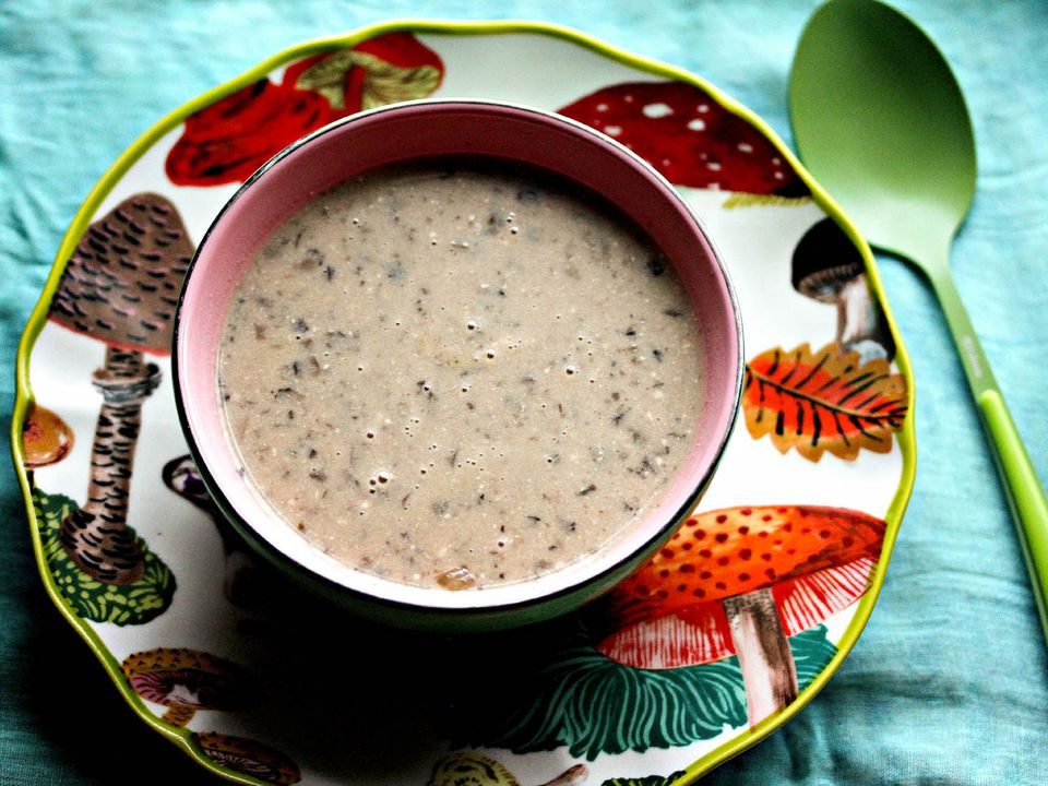 Serious-Eats-Slow-Cooker-Cream-Roasted-Mushroom-Soup1-Jennifer-Olvera.jpg