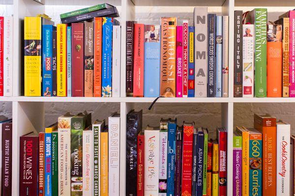 20140929-cookbook-shelf-1.jpg