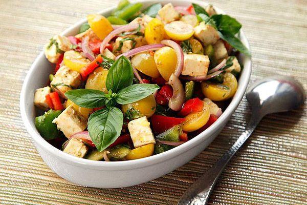 20120808-tomato-feta-pepper-salad-2.jpg