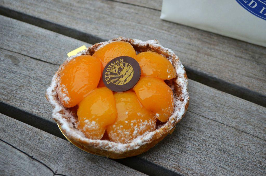 29121129-231822-petrossian-apricottart.jpg