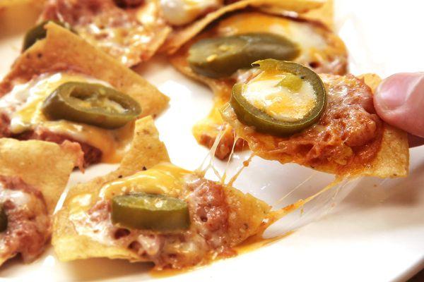 20160210-microwave-nachos-1.jpg