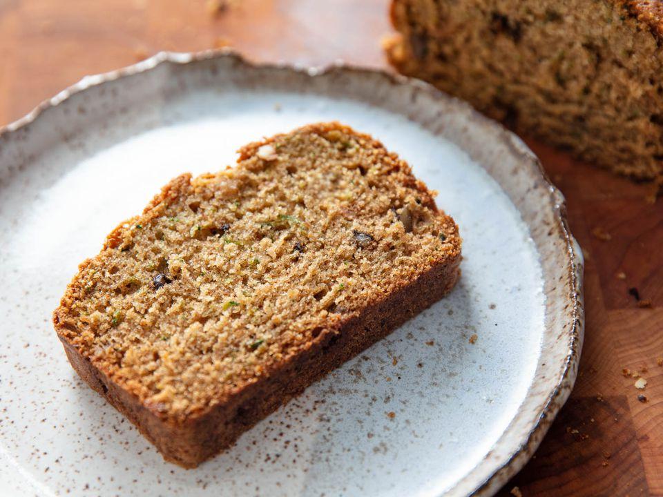 20200924-zucchini-bread-vicky-wasik-2