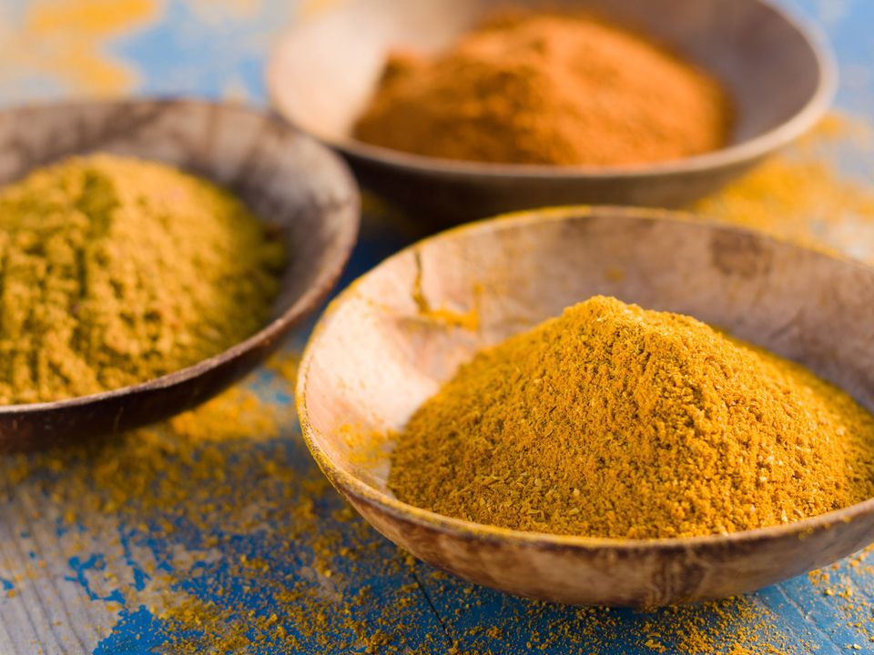 curry-powder-shutterstock_92670397.jpg
