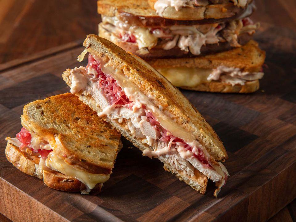 20191010-leftover-turkey-reuben-sandwich-vicky-wasik-21
