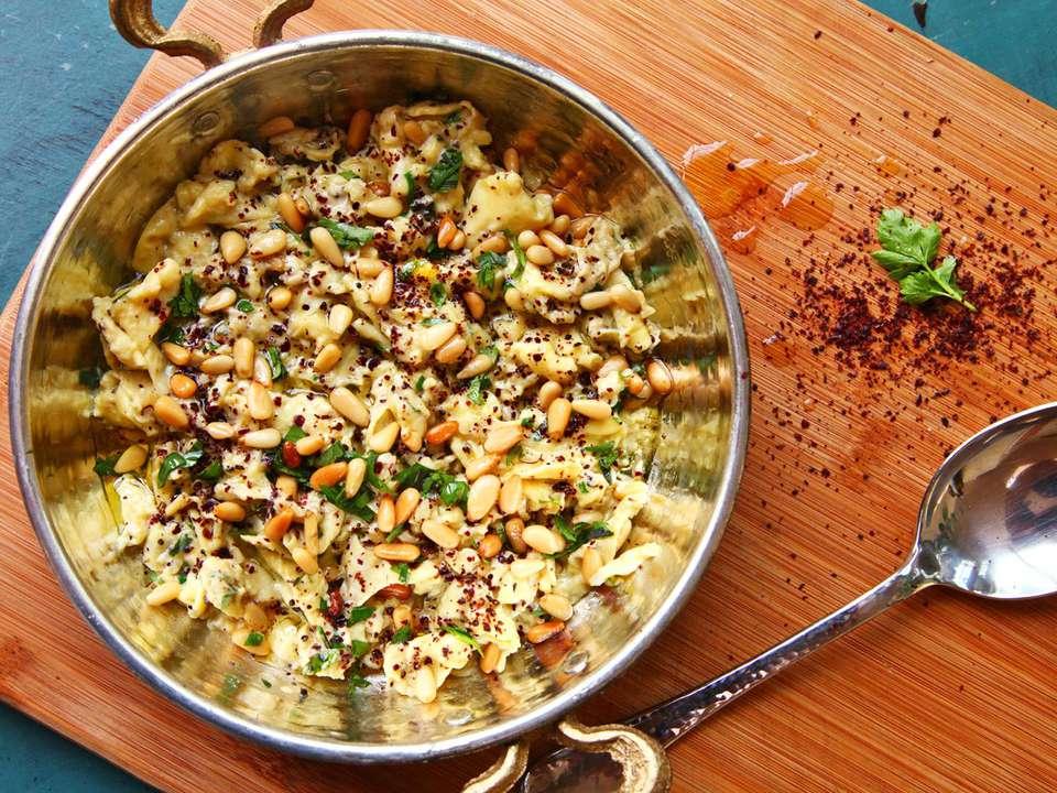 21050610-scrambled-eggs-sumac-pinenuts-parsley-olive-oil-1.jpg