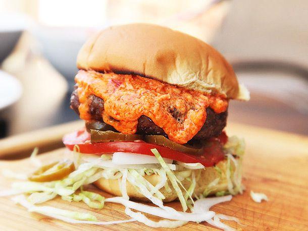20140421-pimento-cheeseburger-recipe-13.jpg