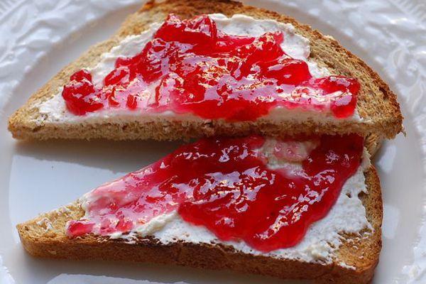 20120701-212455-preserved-sour-cherry-jam-primary.jpg