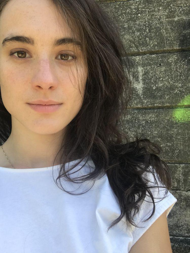 Madeline Muzzi Headshot