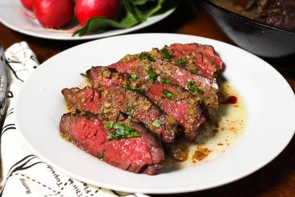 20150105-steak-bagna-cauda-anchovy-sauce-daniel-gritzer-2.jpg