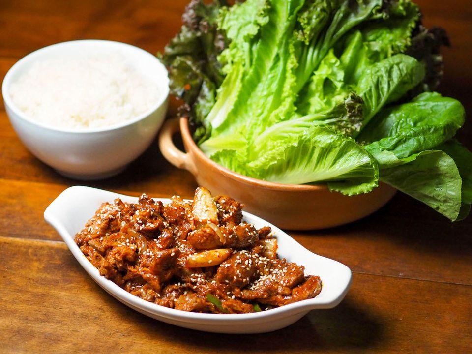 20140912-korean-pork-kimchi-daniel-gritzer-8.jpg