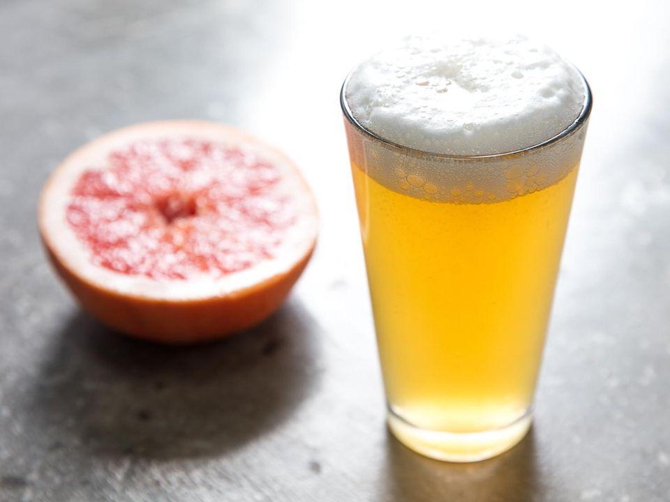 20170608-radler-cocktails-grapefruit-vicky-wasik-3.jpg