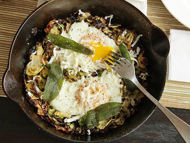 20121014-brussels-sprouts-egg-on-top-4.jpg